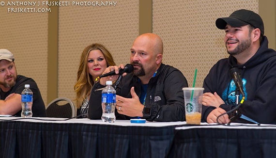 Jason Hawes of Ghost Huntersnspeaking at the panel